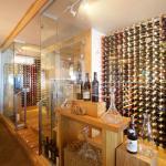 Roslin Wines