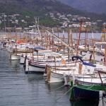 Barques catalanes colorées.