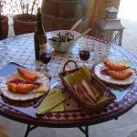 Petit repas terrasse privative studio lubéron
