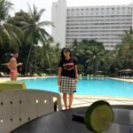 Pool siang hari