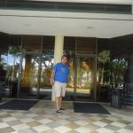 Entrada del conference center.