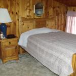Hamilton Cabin - Upstairs Bedroom #1