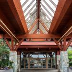 The gorgeous lobby at Casino Rama