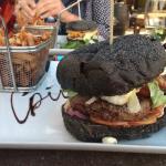 Burger chèvre-bacon