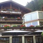 parte della facciata dell'hotel
