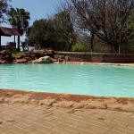 Photo de Sondela Nature Reserve Accommodation