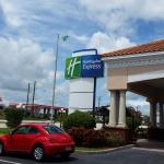 Holiday Inn Express Melbourne Photo