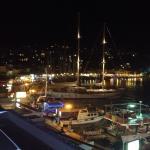 Utsikt från balkongen natt