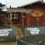 Roughwoods Inn and Cafe