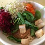 tofu bowl w/peanut sauce