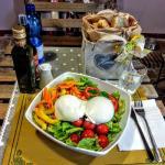 Una delle magnifiche insalate di Simona