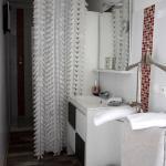 Salle bains avec douche, ouverte