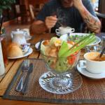 обед в отельном ресторане . порции хорошие