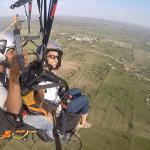 Parachute ascensionnel et parapente