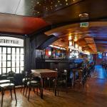 Fat Mo's Music Pub Restaurant - enterior 1