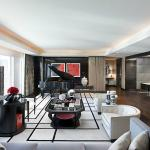 Emperor Suite