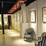 La nouvelle réception du Carlton: Art, calme et élégance.