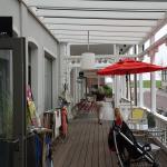 Cafe und Eingänge