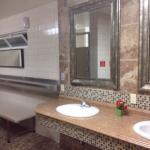 Very nice bathroom/shower
