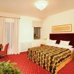 Guest Room (150400746)