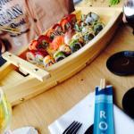 Super Location und ein Sushi, dass seines gleichen sucht! Sehr freundliches Personal. Top Lage u
