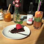 Strh Cafe & Gallery