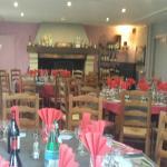 Salle restaurant cheminee