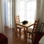 Loeven Hotel - cam. 430 - 4° piano - tavolino soggiorno e porta finestra