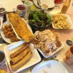 a feast for treating frienfs from Fish'n'Chick'n