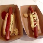 Hot dog (vendu 1€/pièce).
