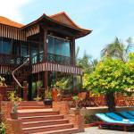 Photo of Sandhills Beach Resort & Spa