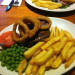 Steak und Tintenfisch