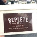 Photo de Replete Cafe & Store