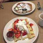 Blueberry pancakes & strawberry crepes