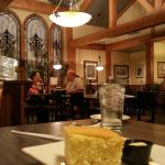 Marie Callender's Victorville - beautiful dining area