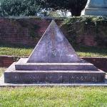 Super Cool pyramid gravestone
