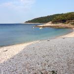 Praia de Milna em frente ao hotel