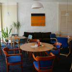 Breakfast room (room for 30 to 40 persons)