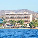 Poseidonia Beach Hotel from the Sea