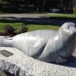 Foto de Andre the Seal Statue
