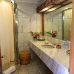 kamar mandi yang bersih