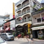Front view of New Laos Paris Hotel