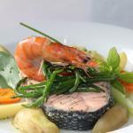 Steamed Samon & Prawn, simple vegetable broth