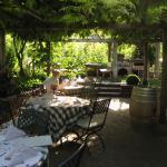 Gastgarten für Frühstück und Abendessen