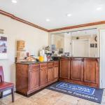 Photo of Rodeway Inn & Suites Pasadena