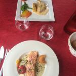 plats : suprême de volaille, et pavé de saumon