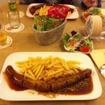 Curry Wurst at Reisdorf Am Hahnentor