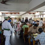 The crowd during lunch!
