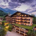 Ausenansicht Hotel Alpina Gastein