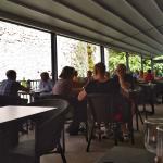 La terrasse du restaurant La cascade.